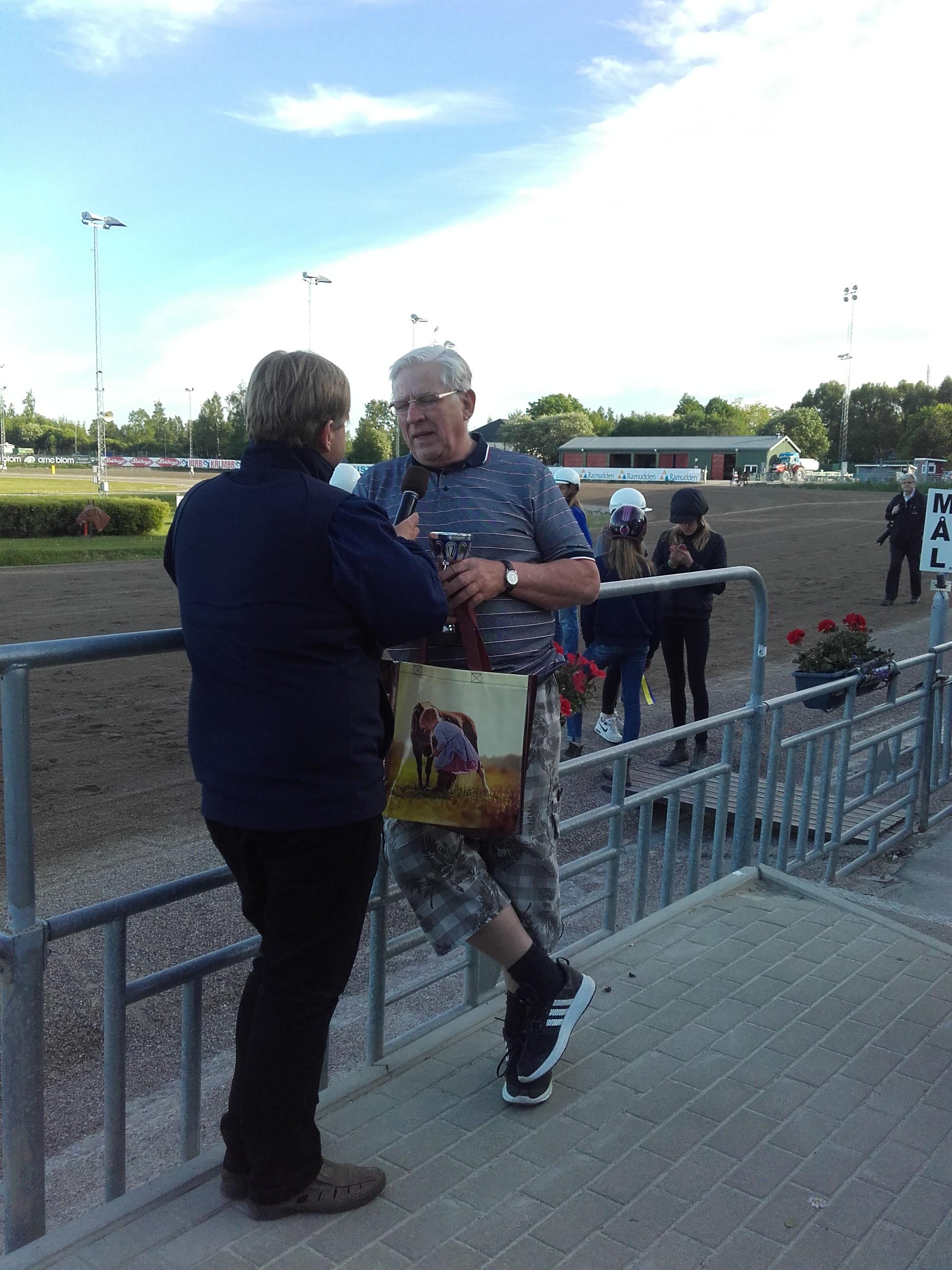 Alf intervjuas om flygklubben och vår verksamhet